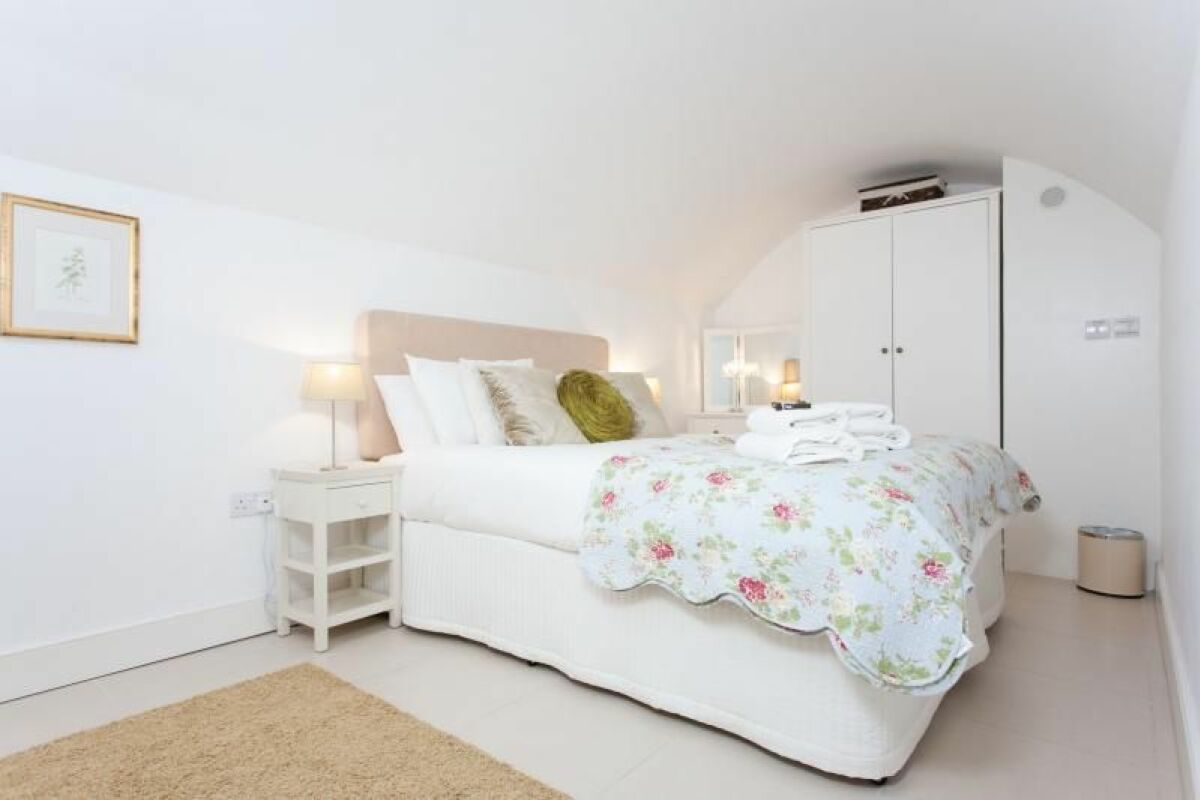 Bedroom, Daniel Street Serviced Apartments, Bath