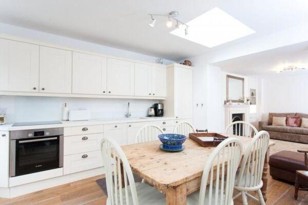 Kitchen, Daniel Street Serviced Apartments, Bath
