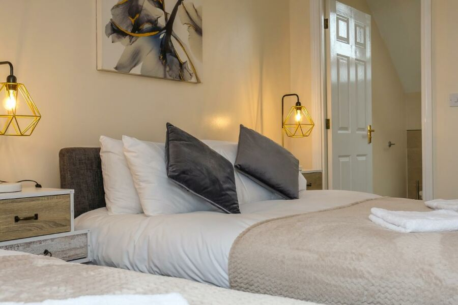 Hawksworth Crescent Accommodation - Birmingham, United Kingdom