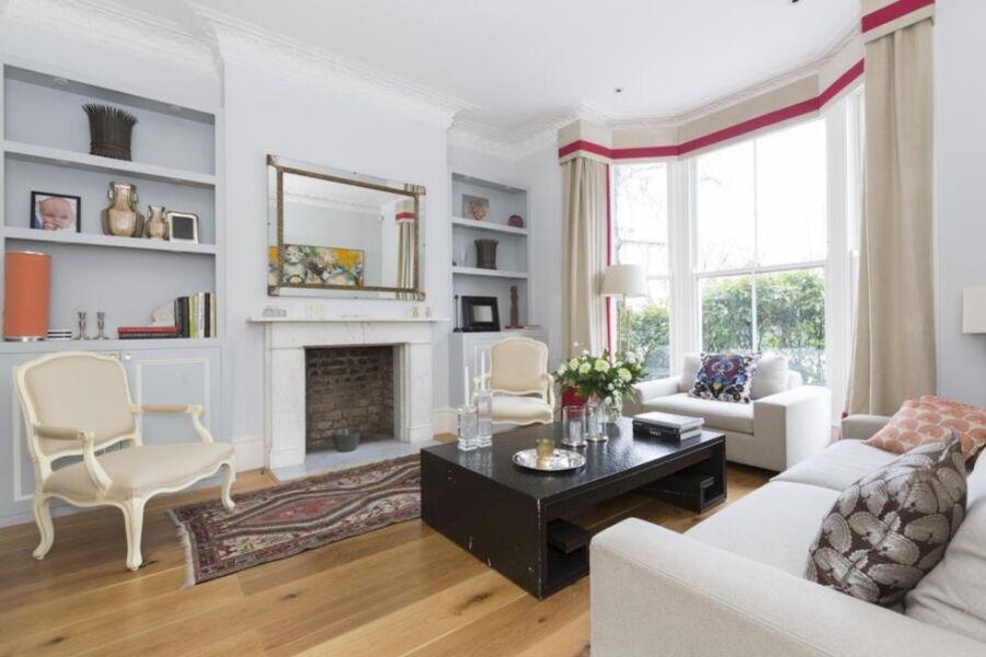 Warwick Gardens II Accommodation - Kensington, Central London