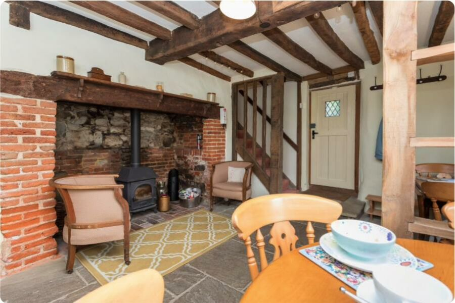 Amberley Old Cottage Accommodation - Amberley, West Sussex