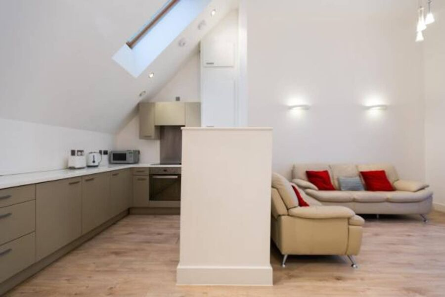West Kensington Apartment - Hammersmith, West London