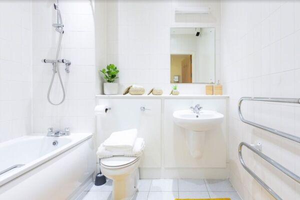 Whitehall Place Apartment - Leeds, United Kingdom