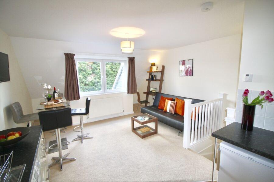 Marlborough Apartments - Epsom, United Kingdom