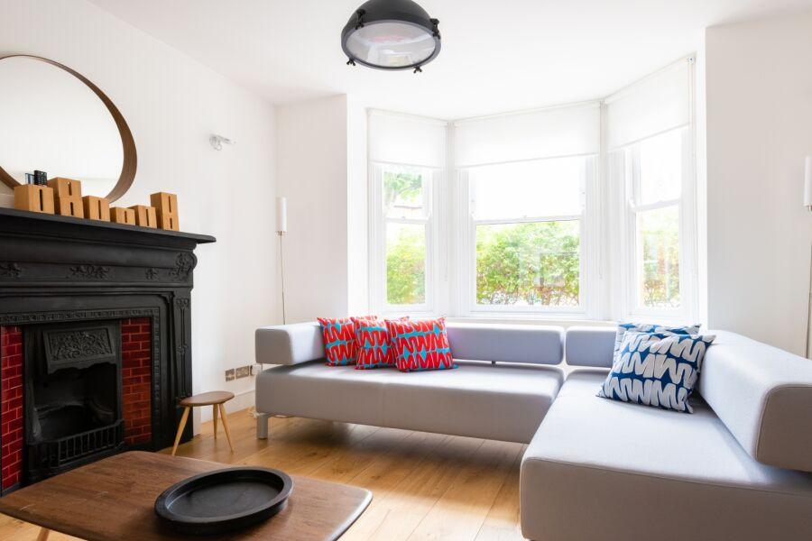 Oxford Gardens Accommodation - Ladbroke Grove, West London