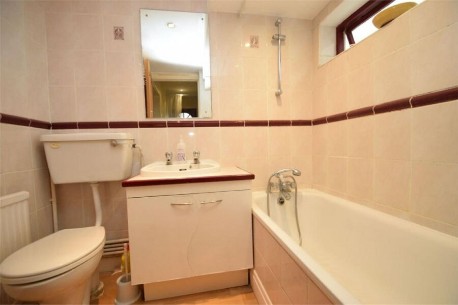 East Finchley Garden Apartment - East Finchley, North London