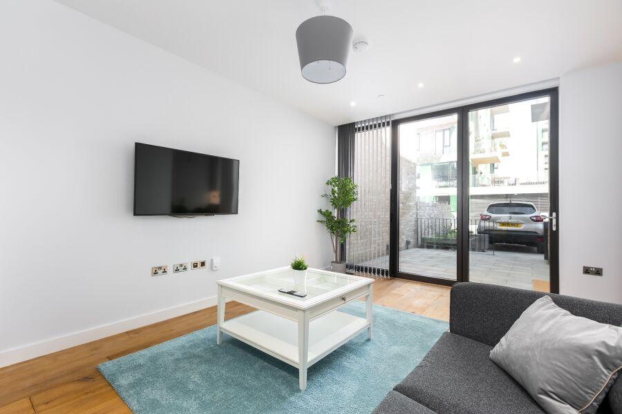 Cyrus Field Street Accommodation - Greenwich, East London