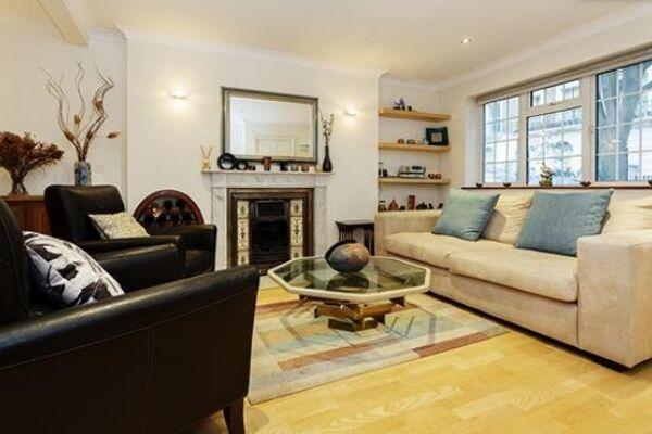 Living Room, Huntingdon Street Serviced Apartments, Barnsbury, London