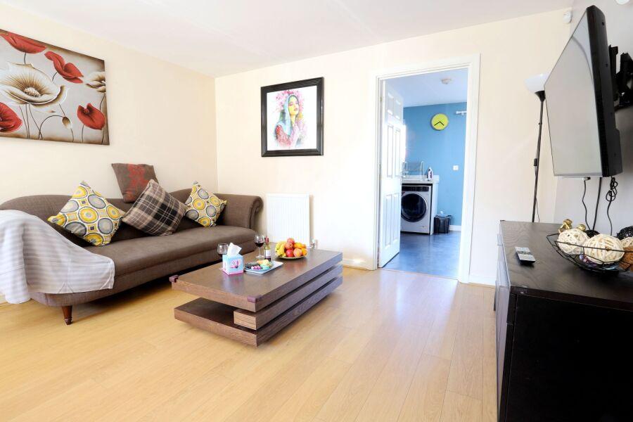 Bishop Drive Apartment - Birmingham, United Kingdom