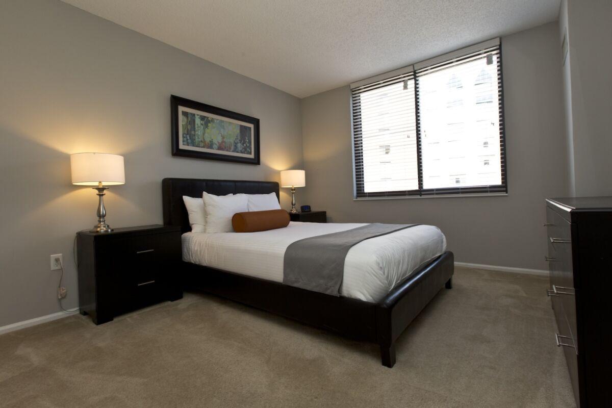 Bedroom, Bank Street Serviced Apartments, New York
