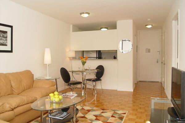 Kitchen, Symphony Serviced Apartments, Midtown, New York