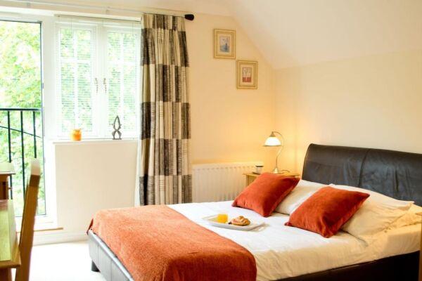 Bedroom, Bounty Suite Serviced Accommodation, Basingstoke