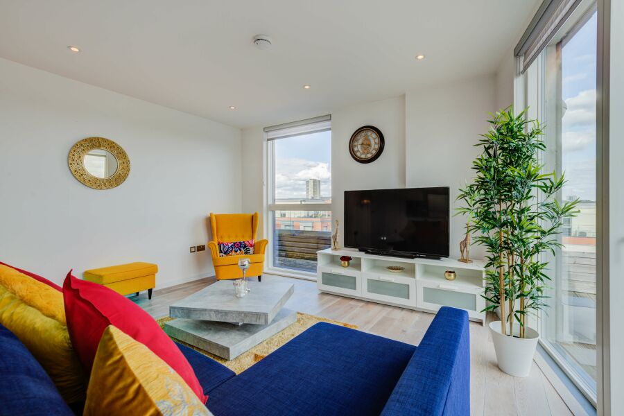 Malthouse Court Apartment - Brentford, West London