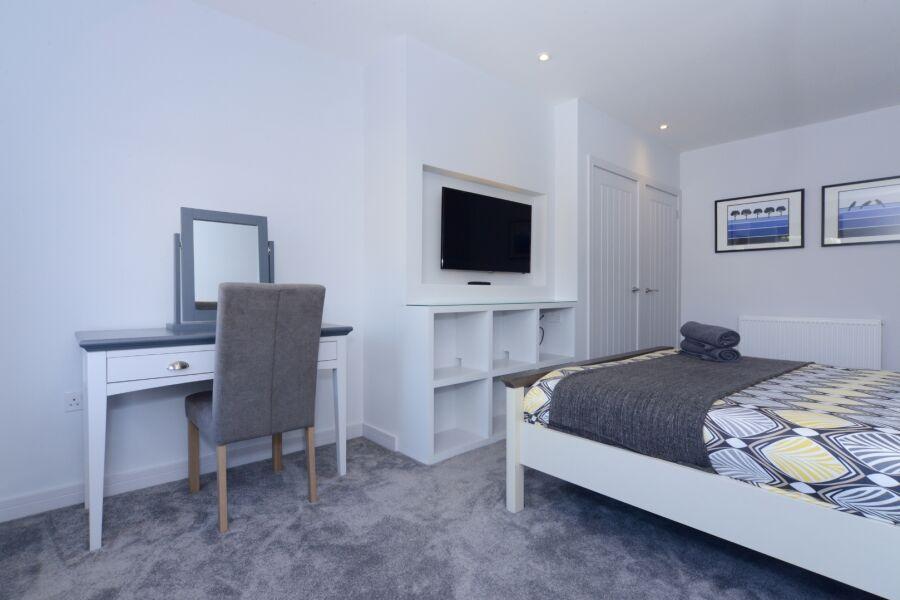 Sandbanks Road Apartment - Poole, United Kingdom