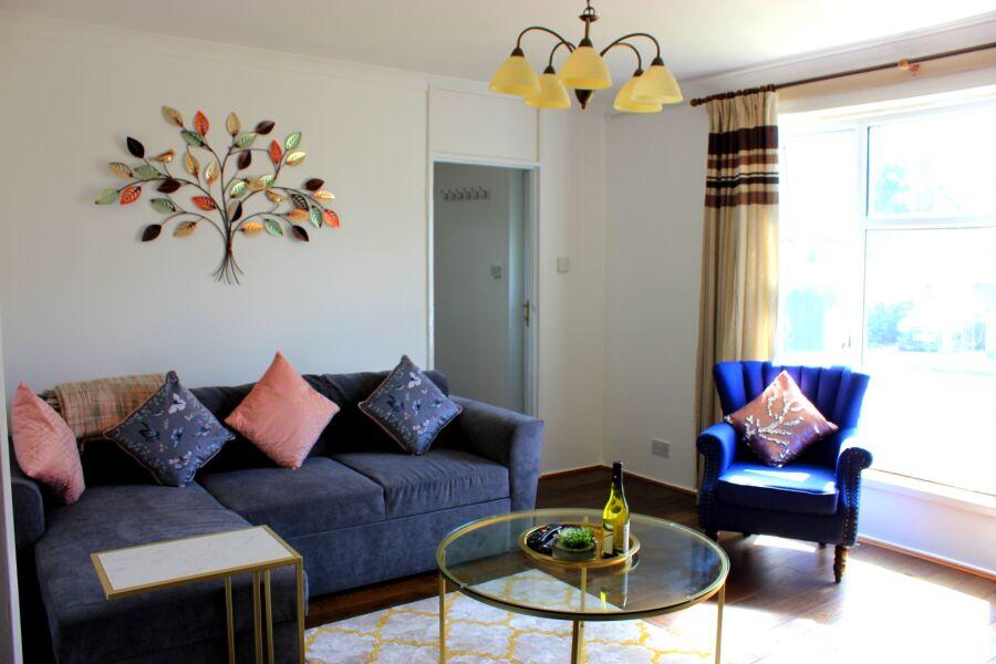 Chigwell Apartment - Chigwell, Essex