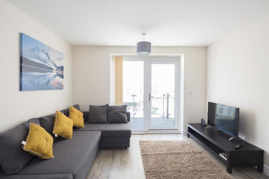 The Pier 2 Apartment - Gillingham, United Kingdom