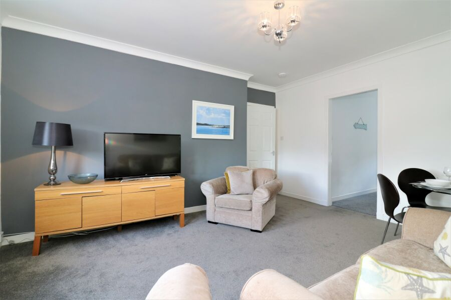 Bruce Terrace Lower Apartment - Blantyre, South Lanarkshire