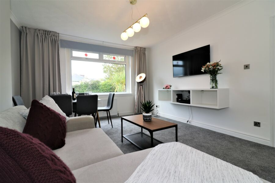 Macintosh View Apartment  - Bellshill, North Lanarkshire