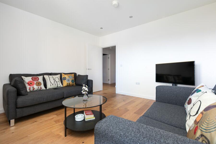 Britannia Apartment - Stratford, East London
