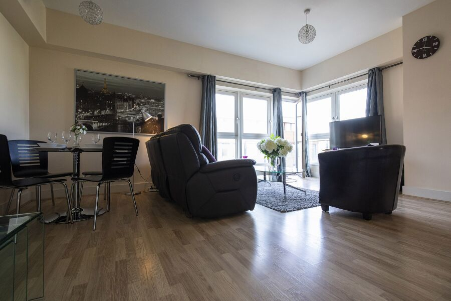 Skyline Plaza Apartments - Basingstoke, United Kingdom