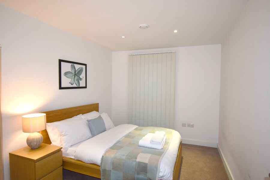 Colindale Apartment - Colindale, North London