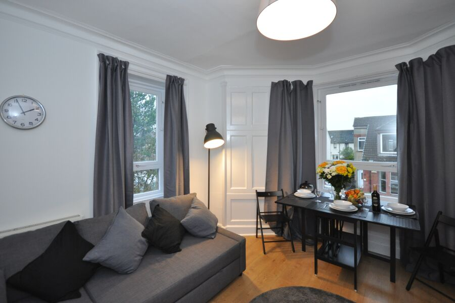 Elderpark 3 Apartment - Glasgow, United Kingdom