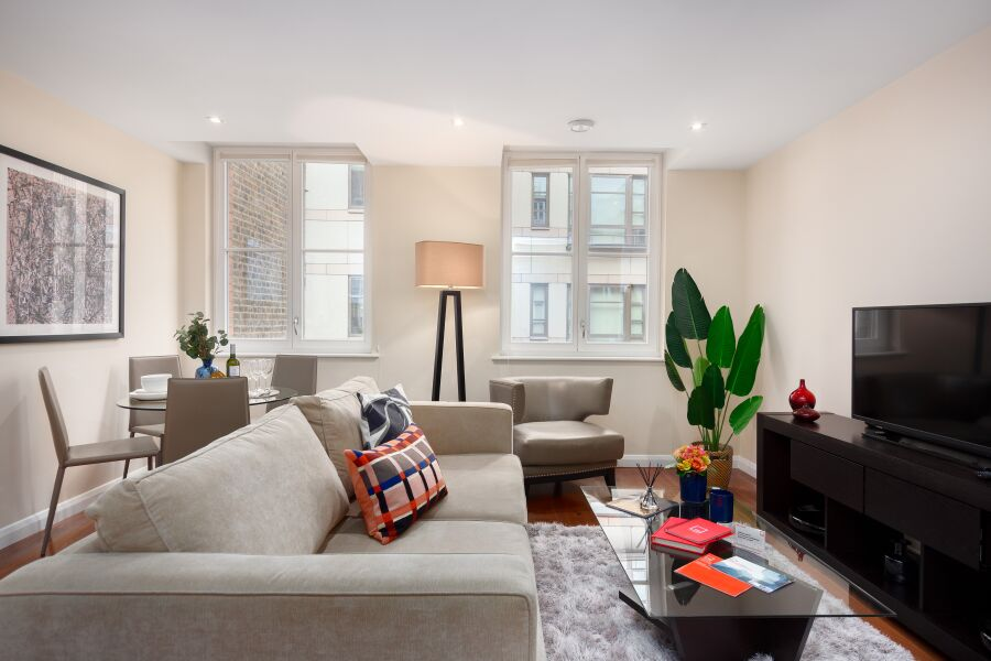Chancery Lane Apartments - Holborn, Central London