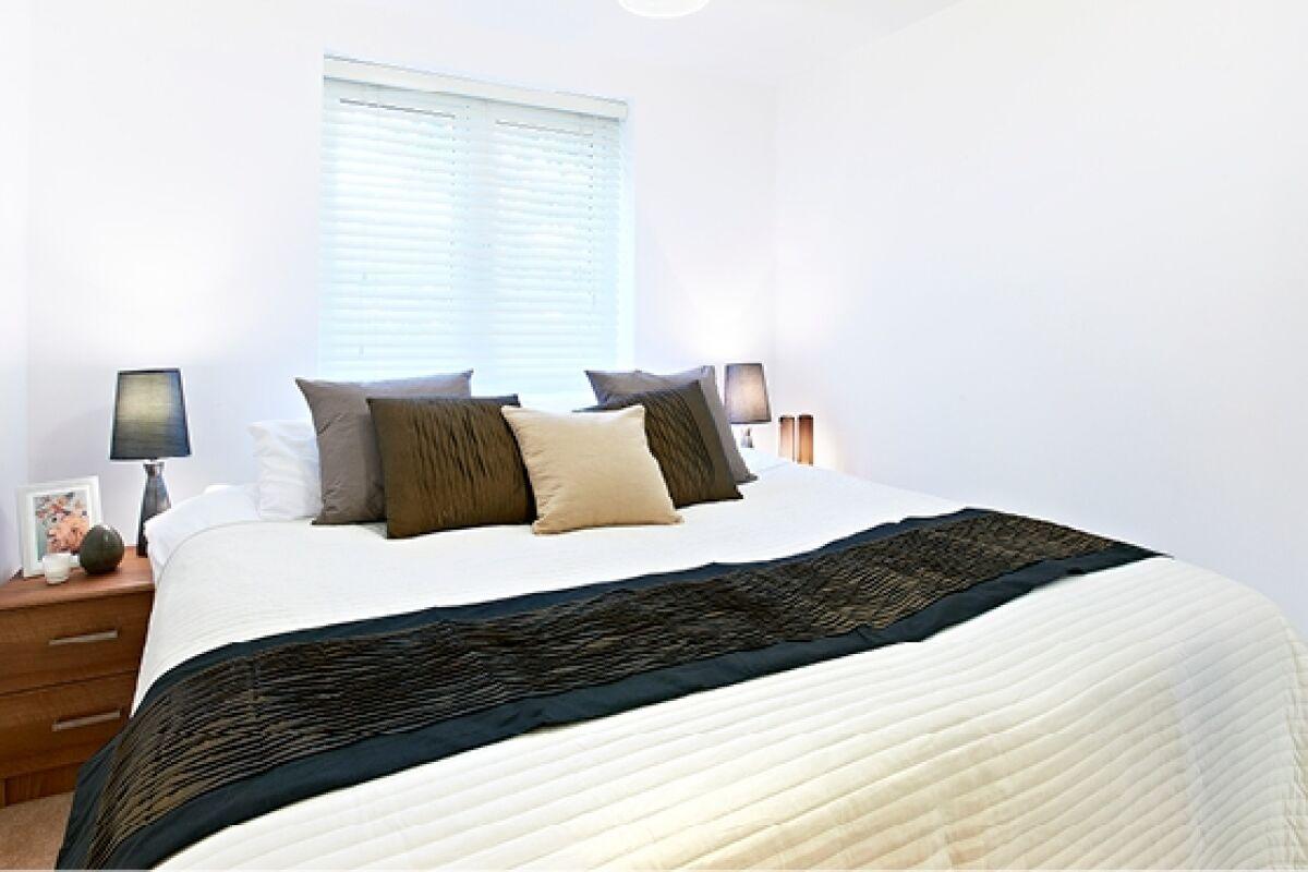 Bedroom, Elstree Way Serviced Apartments, Borehamwood
