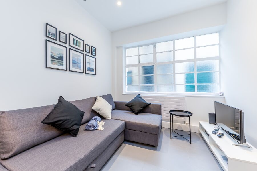 Churchway Apartment - Somers Town, North West London