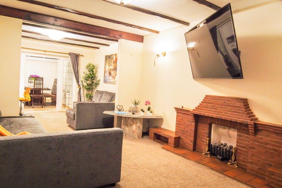 Great Barr House Accommodation - Birmingham, United Kingdom