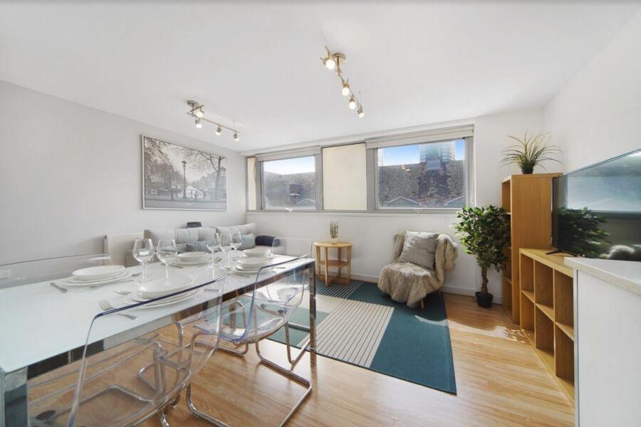 Wheler Street Apartment - Spitalfields, North East London