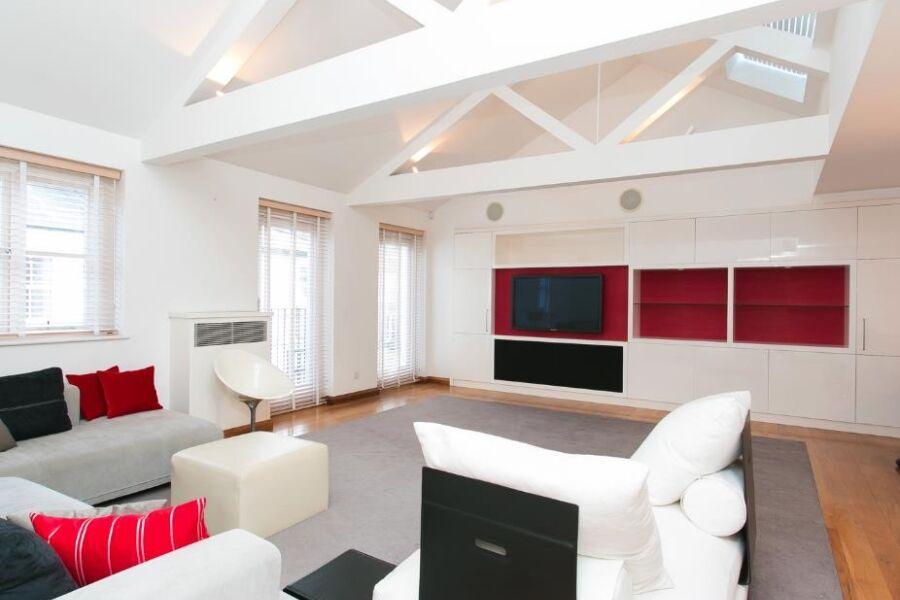 Cranley Mews Accommodation - South Kensington, Central London