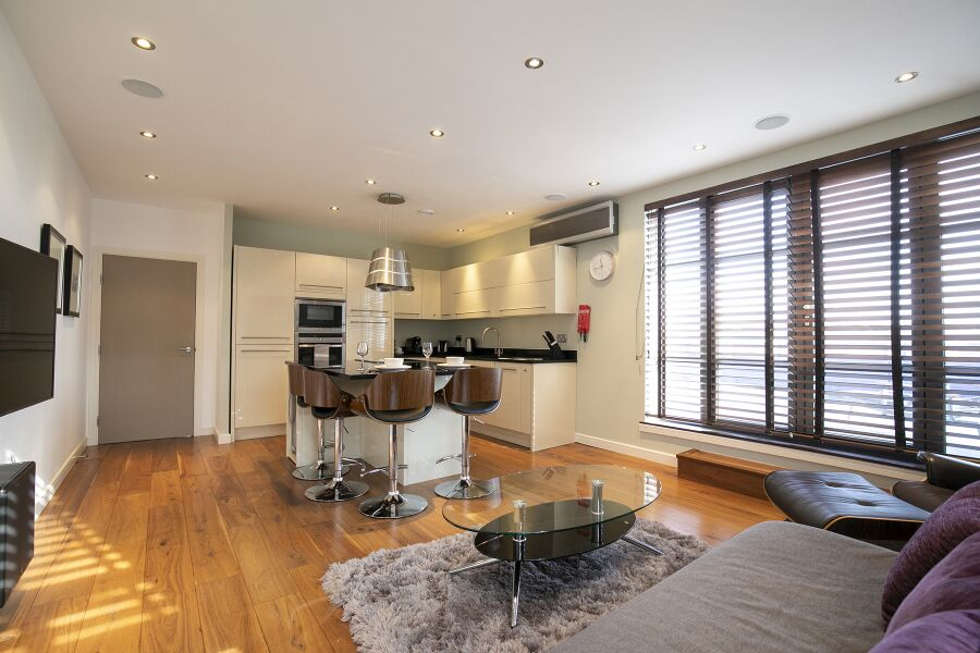 Wallis Square Apartments - Farnborough, United Kingdom