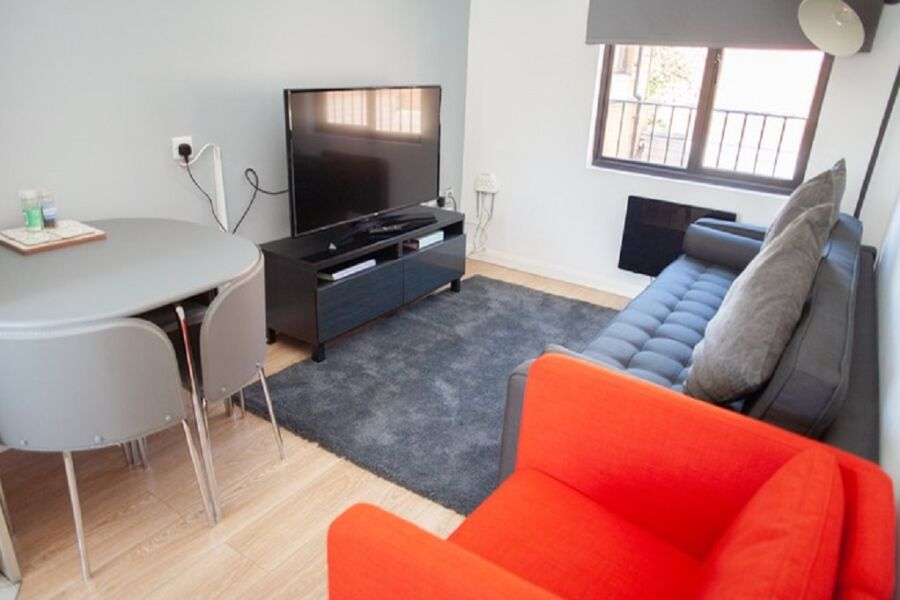 QC6 Apartment - Gloucester, United Kingdom