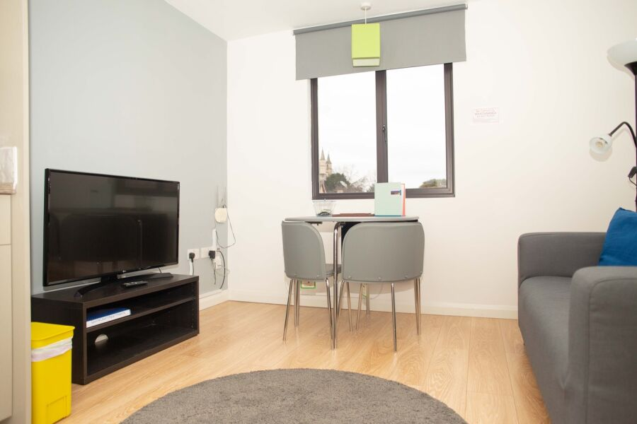 QC4 Apartment - Gloucester, United Kingdom