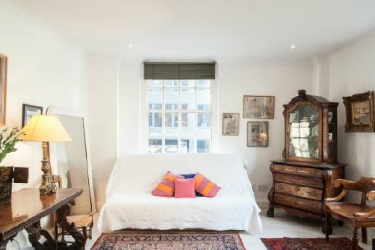 Living Room, Gilliingham Street Serviced Apartments, Chelsea, London