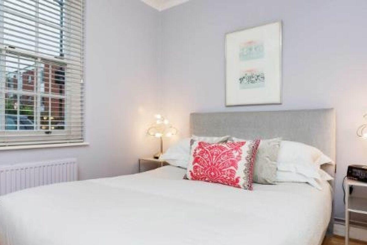 Bedroom, Dovehouse Street Serviced Apartments, Chelsea, London