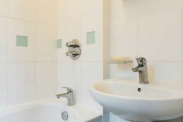 Bathroom, Dovehouse Street Serviced Apartments, Chelsea, London