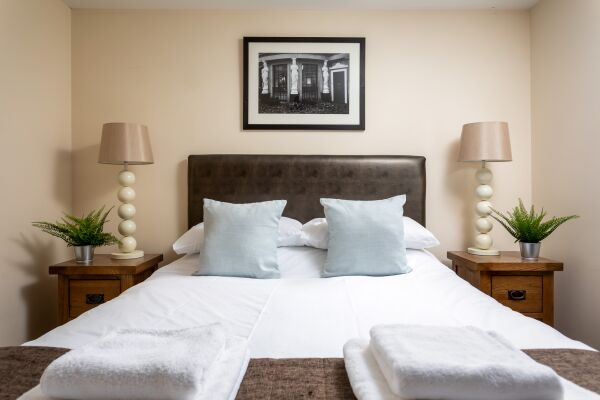 The Suffolks Apartments - Cheltenham, Gloucestershire
