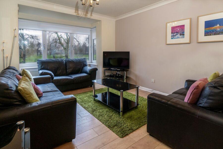 Green Five Apartment - Glasgow, United Kingdom
