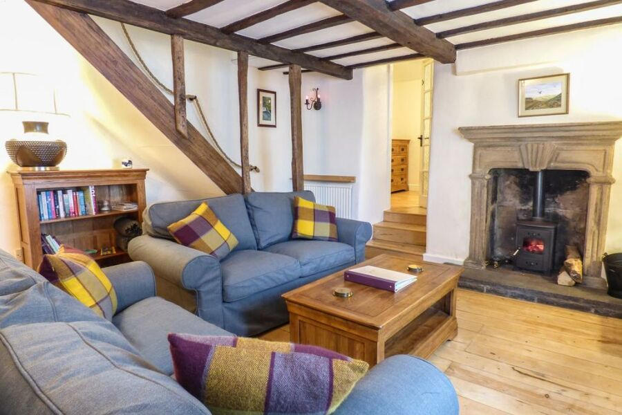 Cottage On The Square Accommodation - Matlock, Derbyshire