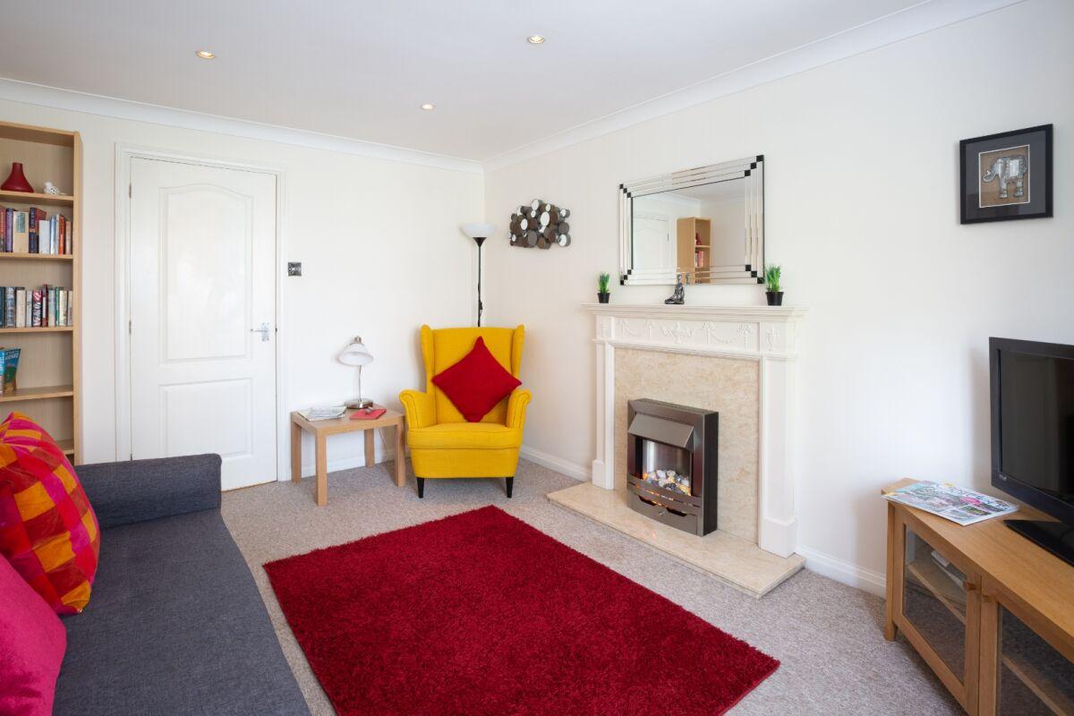 Lounge, Brooklands Court, St Albans