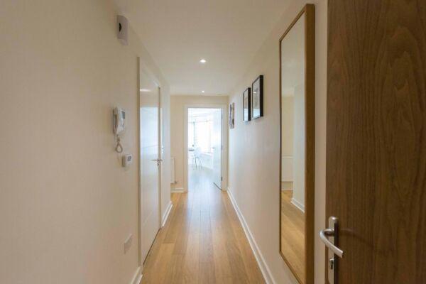 Hallway, The Apex Serviced Apartment, St.Albans