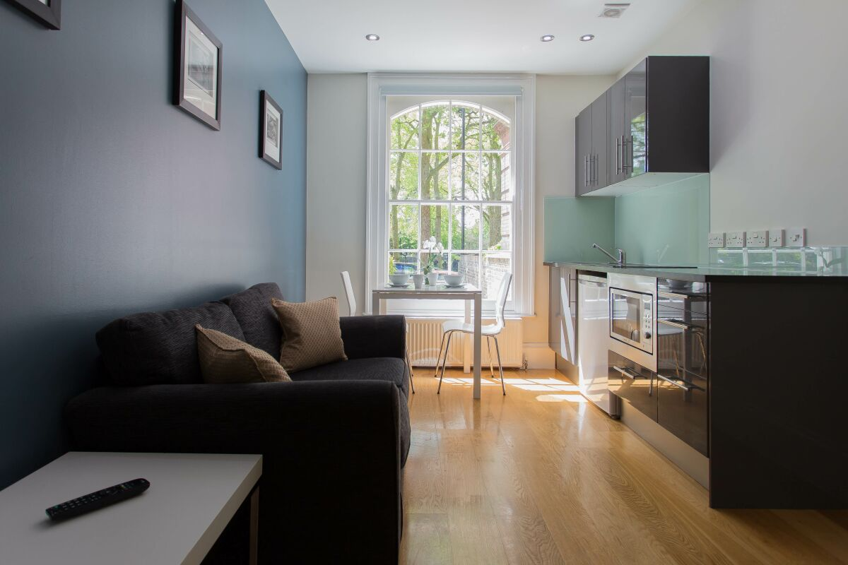 Living Room and Kitchen, Paddington Green Serviced Apartments, Paddington, London