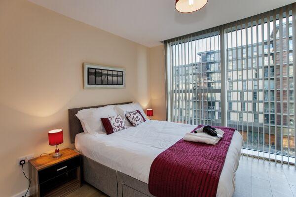 Bedroom, The Hub Serviced Apartments, Milton Keynes