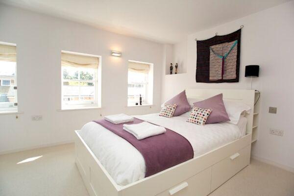 Bedroom, Modern Edwardian Serviced Apartment, London