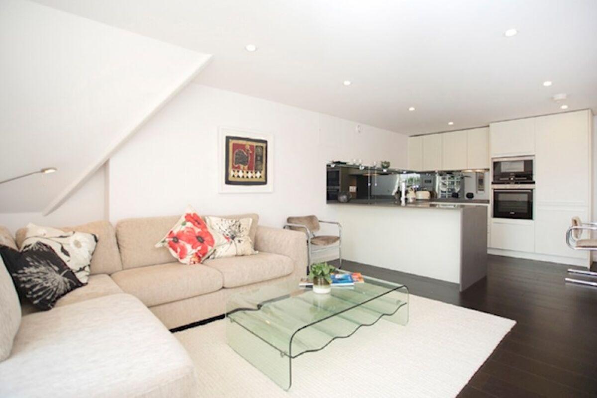 Living Room, Modern Edwardian Serviced Apartment, London