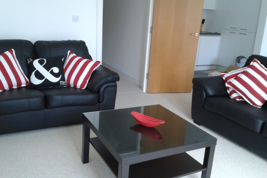 Queensway Apartments - Redhill, United Kingdom