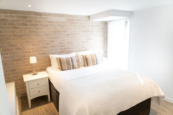 Bedroom, Devonshire Road Serviced Apartments, Cambridge