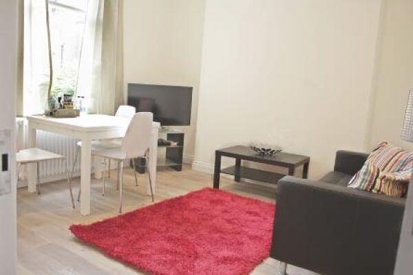 Living Room, Cambridge Gardens Serviced Apartments, Ladbroke Grove, London